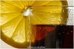 My favorite drink Cola lemmon (Hetwie) Tags: cola glas drinken macromondays lemmon colalemmon citroen citrus macromaandag macro drink