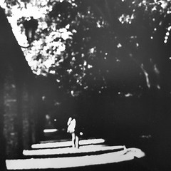 ... (Catherine...) Tags: walkinginthelight ombresetlumière lightandshadow noiretblanc bw ilford rolleiflex mediumformat 6x6 120 argentique analog analogue film picofapic