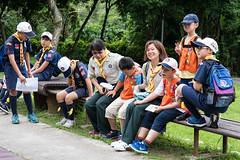 New Leader (camike) Tags: boyscouts d750 so sigma85mmf14exdghsm candid group kids people 弟 晞