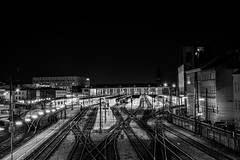Wiener Westbahnhof (Harry Pammer) Tags: wien vienna westbahnhof train station bw bnw black white schwarz weiss austria österreich railway night longexposure nacht langzeitbelichtung