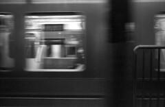 201802-01-M4BP-400TX-35LUX-28HEX-07copy (maddoc2003jp) Tags: 2018 film bw monochrome grain station train tokyo japan leitz leica m4blackpaint 28mm wideangle mhexanon 2828 trix 400tx kodak hc110 night