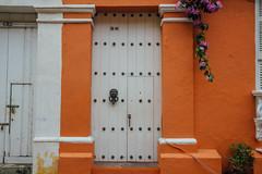 Lion Head on Door, Cartagena Colombia (AdamCohn) Tags: kmtoin adamcohn cartagena colombia architecture colonial colonialarchitecture door geo:lat=10426765 geo:lon=75548317 geotagged street streets wwwadamcohncom bolívar