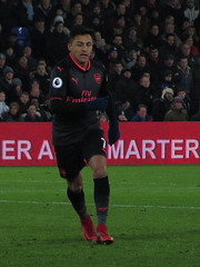 Alexis Sanchez - Scored his last Arsenal Goals in this game. (Stephen Gardiner) Tags: london england unitedkingdom 2017 crystalpalace crystalpalacefootballclub arsenal arsenalfootballclub premierleague football futball soccer canonsx220 sellhurstpark