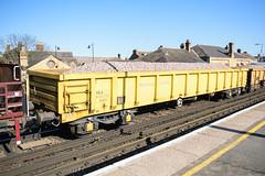 503031 Faversham 170218 (Dan86401) Tags: faversham 6n32 503031 mla bogie open ballastbox wagon freight greenbrier gbrf gbrailfreight eqtinfrastructure yellowtailsnapper fishkind engineers departmental infrastructure