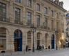 Soleil Louis Vuitton (Marie Cécile P) Tags: louisvuitton architecture soleil paris