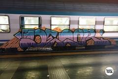 http://stolenstuff.it   DEOR (stolenstuff) Tags: stolenstuff graffitiblog check4stolen running graffititrain graffiti diretto benching deor trainbombing