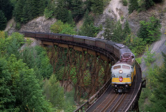 Royalty over Anderson Creek (Moffat Road) Tags: canadianpacific cp passengertrain royalcanadianpacific andersoncreekbridge frasercanyon bostonbar britishcolumbia canada gmd emd fp9 fp9u 4106 coveredwagon bc