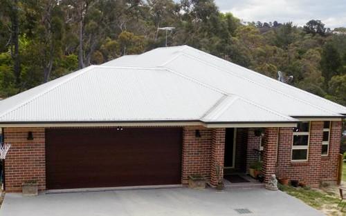 27 Kingsway, Hazelbrook NSW