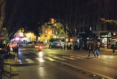 Roma (goodfella2459) Tags: nikon f4 af nikkor 50mm f14d lens cinestill 800t 35mm c41 film analog night colour roma italy street pedestrians crossing rome via veneto lights bike