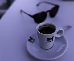 Coffee // Las gafas de Mabel y un café
