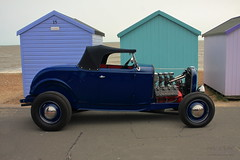 Seaside Cruising (innpictime ζ♠♠ρﭐḉ†ﭐᶬ₹ Ȝ͏۞°ʖ) Tags: beach suffolk felixstowe prom promenade seaside engine car blue canopy sea rally motor beachhuts automobile hotrod customised modified searoad hood 519569051344193