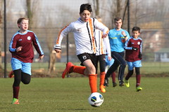 "HBC Voetbal • <a style=""font-size:0.8em;"" href=""http://www.flickr.com/photos/151401055@N04/39321016675/"" target=""_blank"">View on Flickr</a>"