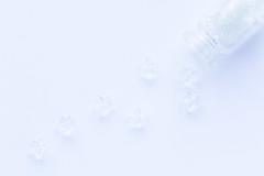 43/365: Follow your own star...Dante Alighieri (judi may) Tags: 365the2018edition 3652018 day43365 12feb18 macromonday macromondays macro negativespace highkey whitebackground white whiteonwhite bottle inabottle stars tiny tinybottle frommycraftstash flatlay stilllife simple simplicity lessismore less tabletopphotography canon7d 100xthe2018edition 100x2018 image12100 monochrome mono