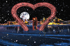 Happy Valentine's Day to all! (A Great Capture) Tags: valentines day hart heart city people hug photoshop agreatcapture agc wwwagreatcapturecom adjm ash2276 ashleylduffus ald mobilejay jamesmitchell toronto on ontario canada canadian photographer northamerica torontoexplore winter l'hiver 2018 art