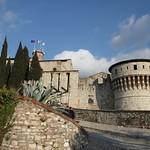 Castello di Brescia - ponte levatoio e torre dei Prigionieri thumbnail