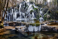 Les Tufs Jura (EtienneR68) Tags: landscape colors eau glace hills ice montagne mountain nature paysage reflet reflection river tree trees water waterfall cascade tufs marque a7r3 a7riii sony pays france jura