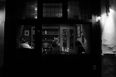 (Difin@) Tags: intimacy bw restaurant belgio bruges xe2s fujifilm