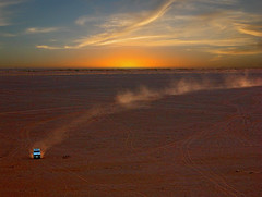Around Zagora - Morocco (JLM62380) Tags: zagora morocco desert red sunset landrover sky traces trail sand