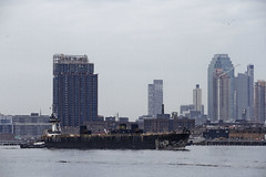 r_180216209_beat0011_a (Mitch Waxman) Tags: brooklyn eastrivershoreline greenpointbrooklyn manhattan tugboat newyork