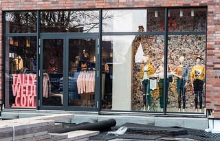Overbergplatz 53 - Building a Shoppingcenter 1614_Web-compressed