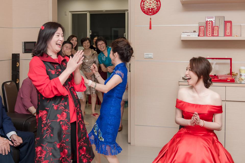 婚攝 高雄林皇宮 婚宴 時尚氣質新娘現身 S & R 020