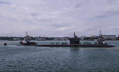 180214-N-FV739-058 (U.S. Pacific Fleet) Tags: commander logisticsgroupwesternpacificcommander taskforce73comlogwestpacctf73singaporeportvisitus singapore taskforce73comlogwestpacctf73singaporeportvisitussbremerton