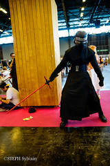 Japan Expo 2017 4e jrs-292 (Flashouilleur Fou) Tags: japan expo 2017 parc des expositions de parisnord villepinte cosplay cospleurs cosplayeuses cosplayers française français européen européenne deguisement costumes montage effet speciaux fx flashouilleurfou flashouilleur fou manga manhwa animes animations oav ova bd comics marvel dc image valiant disney warner bros 20th century fox star wars trek jedi sith empire premiere ordre overwath league legend moba princesse lord ring seigneurs anneaux saint seiya chevalier du zodiaque