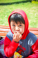 Desayuno escolar (Oxfam en Bolivia) Tags: niño niñas seguridad alimentaria medioambiente naturaleza comida agricultura campo grena retrato cara
