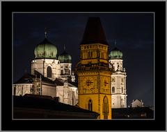 Gold und Silber (Gold and Silver) (alfred.hausberger) Tags: passau bayern deutschland de nachtaufnahme