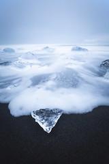 25 seconds and a diamond ! (Arnaud Grimaldi) Tags: long exposure diamond beach iceland islande jökulsárlón black sand ice sea lee filter winter january