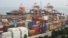Mersin - Limanı (Seyfettin Gundogdu) Tags: mersin liman port mersinlimanı sea sky logıstıc lojistik yük cargo ship