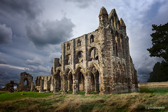 Whitby Abbey (Peeblespair) Tags: england peeblespairphotography travel whitbyabbey withandy britain architecture gothic ruins abandon decay stormysky