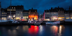 The Many Houses in Nyhavn (Jacob Surland) Tags: architecture art blue bluehour bluelight bluewater boat boats building caughtinpixels city citybynight cityscape clouds colors copenhagen country danmark denmark fineart fineartphotography geometry hdr harbor harborofcopenhagen highdynamicrange jacobsurland københavn lamp lamppost light lights lines magiclight neonlight newharbor newportcopenhagen night nyhavn nyhavn17 oldbuilding oldship red redlights reflections sailboat sailship ship ships sunrise time transport transportion vintageboat warmlight water