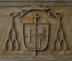 Astorga (León). Palacio Episcopal de Antonio Gaudí. Vestíbulo. Escudo (santi abella) Tags: astorga león castillayleón españa palacioepiscopaldeastorga antoniogaudí heráldica escudos