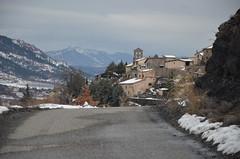 Au détour du chemin (RarOiseau) Tags: alpesdehauteprovence hiver neige curbans village villageperché chemin montagne saariysqualitypictures v1500