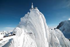 Aiguille du Midi after Eleanor (Jean-Philippe Azaïs) Tags: aiguilledumidi alps chamo snow ice white frozen mountain pic