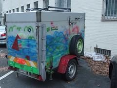 Meer für unterwegs (mkorsakov) Tags: dortmund city innenstadt klinikviertel anhänger trailer malerei painting abstract wtf