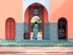 Mamounia's smart lady (mujepa) Tags: mamounia marrakesh palace hotel lady smart zellige garden marroco