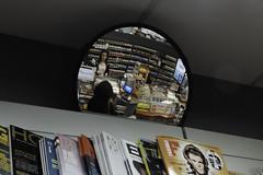 (//DannyBoy//) Tags: amiens tabac journaux maisondelapresse miroir mirror cigarettes clopes
