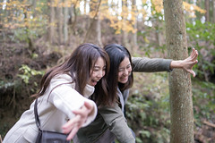 Young sisters having fun in forest (Apricot Cafe) Tags: img72568 asia asianandindianethnicities healthylifestyle japan japaneseethnicity tamronsp35mmf18divcusdmodelf012 autumn autumnleafcolor candid carefree casualclothing charming cheerful chibaprefecture colorimage enjoyment forest handraising happiness hiking laughing leisureactivity lifestyles mountain nature onlyjapanese outdoors people photography realpeople relaxation sideview smiling sustainablelifestyle toothysmile tourism tourist traveldestinations twopeople waistup walking weekendactivities women youngadult kimitsushi chibaken jp