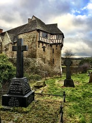 Stokesay Castle (Goby1) Tags: stokesay castle marches shropshire iphone6