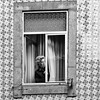 What's going on here ? (laga2001) Tags: street streetphoto streetphotography monochrome blackandwhite bnw decisive moment people person woman looking interesting