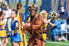 West Virginia Football '17 (R24KBerg Photos) Tags: westvirginia wvu wva mountaineers football canon 2017 sports athletics ncaa mascotmania bigxii big12 mascot coonskincap mountaineer milanpuskarstadium morgantown musket