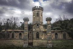 Mon chateau (thierry-manach.com) Tags: chateau paysage castle ancien old pigonnier pierre var cote dazur moyen age construction architecture toned sepia