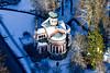 Marienbad (CZ) Orthodoxe St. Vladimir Kirche (Luftknipser) Tags: land marienbad luftbild winter tschechien renemuehlmeier aerial airpicture bohemia böhmen cz fotohttprenemuehlmeierde luftaufnahme mailrebaergmxde mariánskélázně schnee snow vonoben čechy