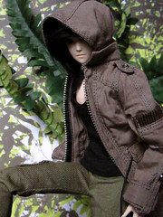 Welcome to the Jungle (back2s0ul) Tags: paradoll miroku obitsu hunger games barbie taeyang natsume