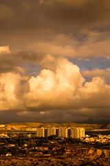 Amanecer cargado (mandoft) Tags: elcampello alicante cielo amanecer españa edificio nube