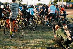 000086 (Harry Toumbos Photo) Tags: 35mm film kodak portra 160 canon a1 199a flash cycling cyclocross brunswick velodrome melbourne fd f28 ssc 50mm f12l l
