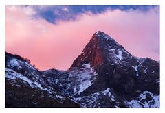 Monte Macina (Mattia Querci) Tags: apuan alps alpi apuane mount mountain sunset dusk red warm clouds peak winter