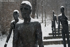 Prague's Memorial to the Victims of Communism (Nicolay Abril) Tags: praga praha prag prague prága česko českárepublika républiquetchèque tchéquie repúblicacheca chequia czechrepublic czechia csehország csehköztársaság tschechien tschechischerepublik pomníkobětemkomunismu snow schnee winter invierno neige nieve hiver pomník obětem komunismu memorialtothevictimsofcommunism memorialtothevictimsofcommunisminprague praguesmemorialtothevictimsofcommunism